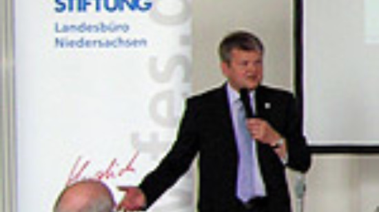 """Stefan Politze hält Grußwort beim """"Jugendkongress Südafrika"""""""